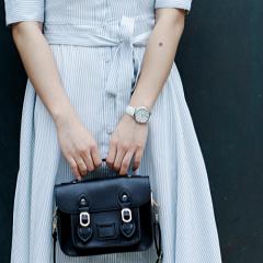 Дамски чанти през рамо от естествена кожа