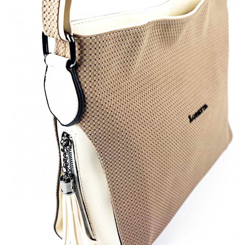 Дамска чанта през рамо в цвят капучино