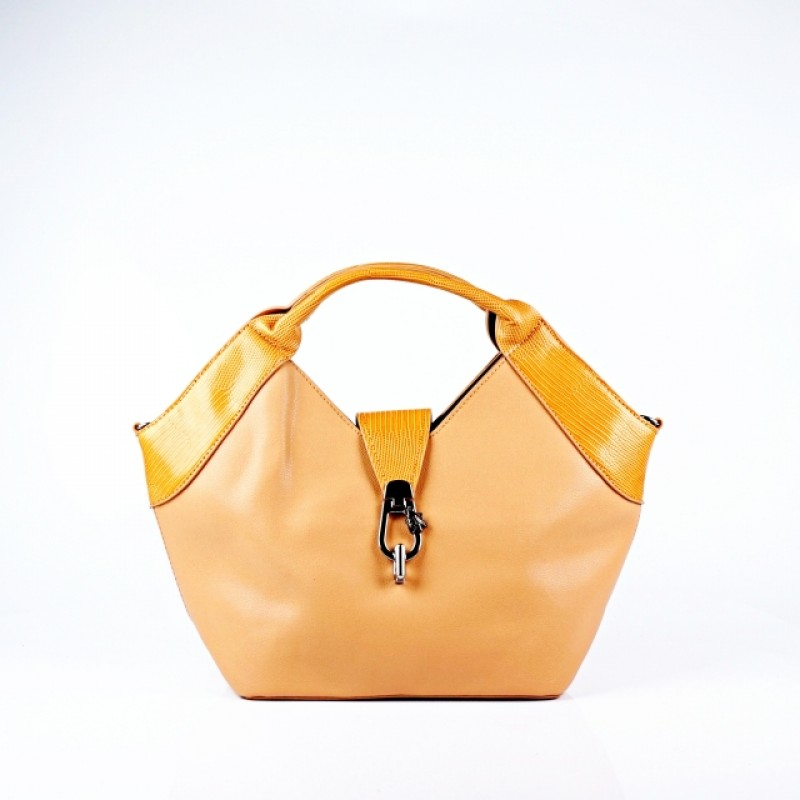 Ежедневна дамска чанта в цвят капучино