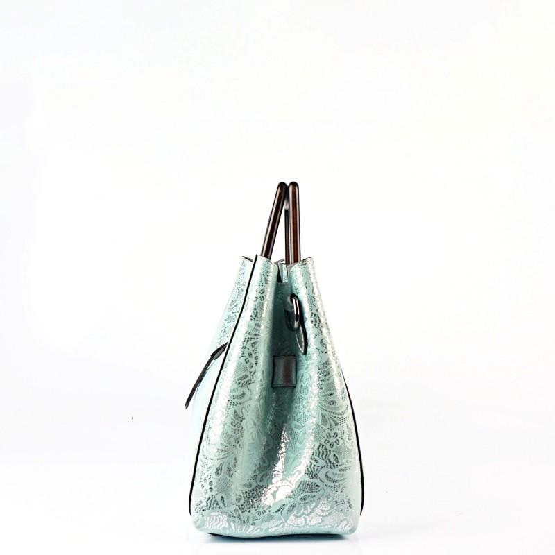 Стилна чанта от естествена кожа с лазерна обработка в тюркоаз и сребристо