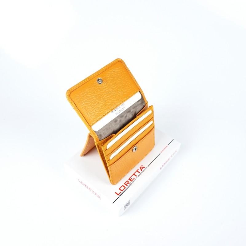 Малко дамско портмоне от естествена кожа в цвят горчица