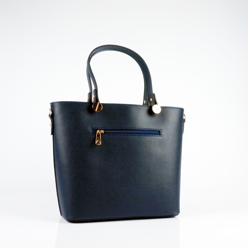Ръчна чанта от еко кожа в тъмно син цвят