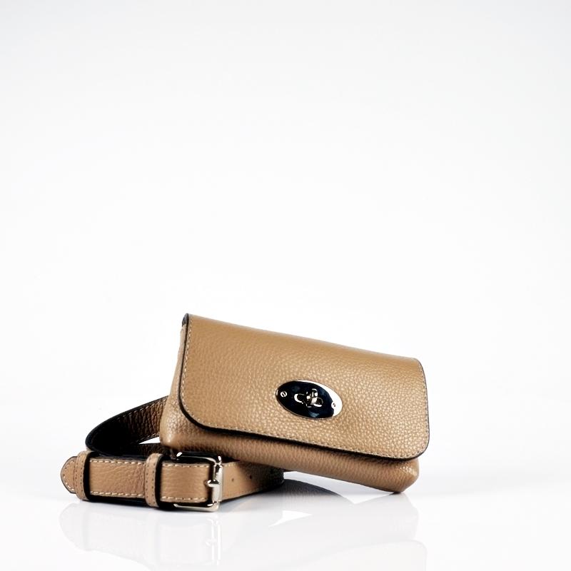 Кожена чантичка за кръста тип паласка