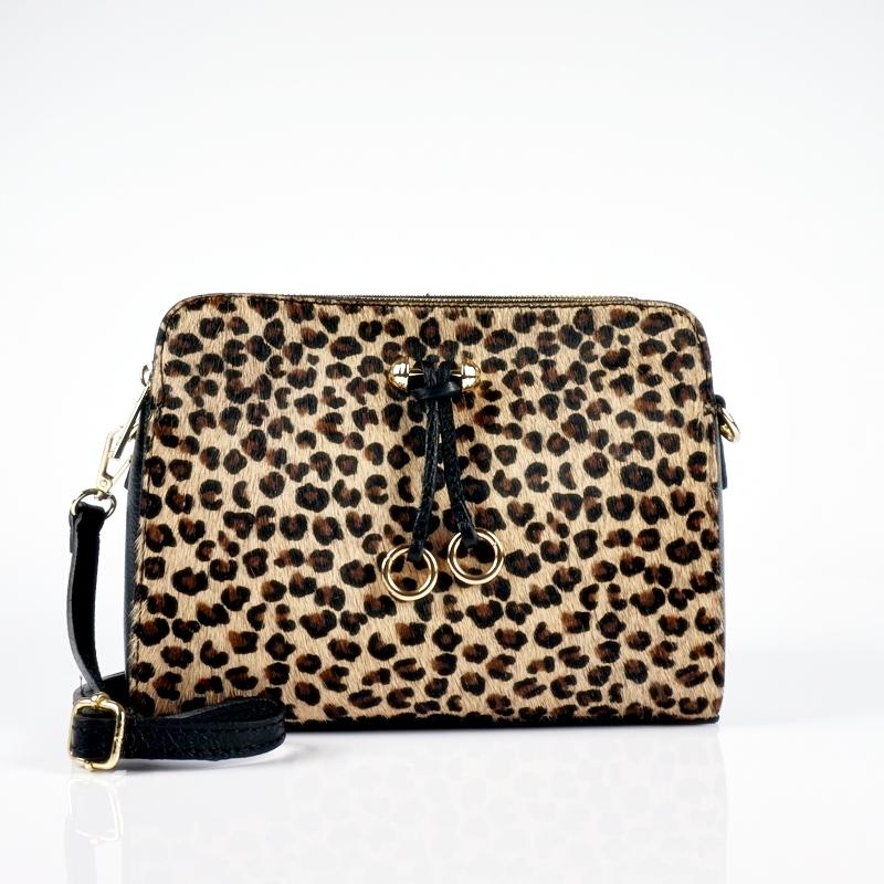 Малка чанта през рамо от естествена кожа с леопардов принт