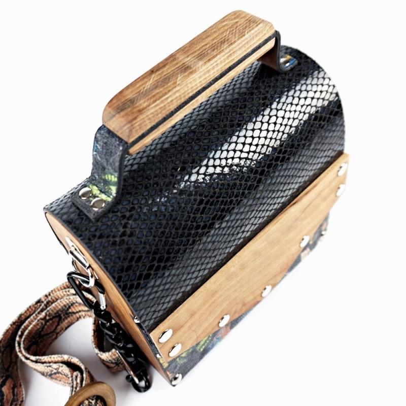 Ръчно изработена дървена чанта