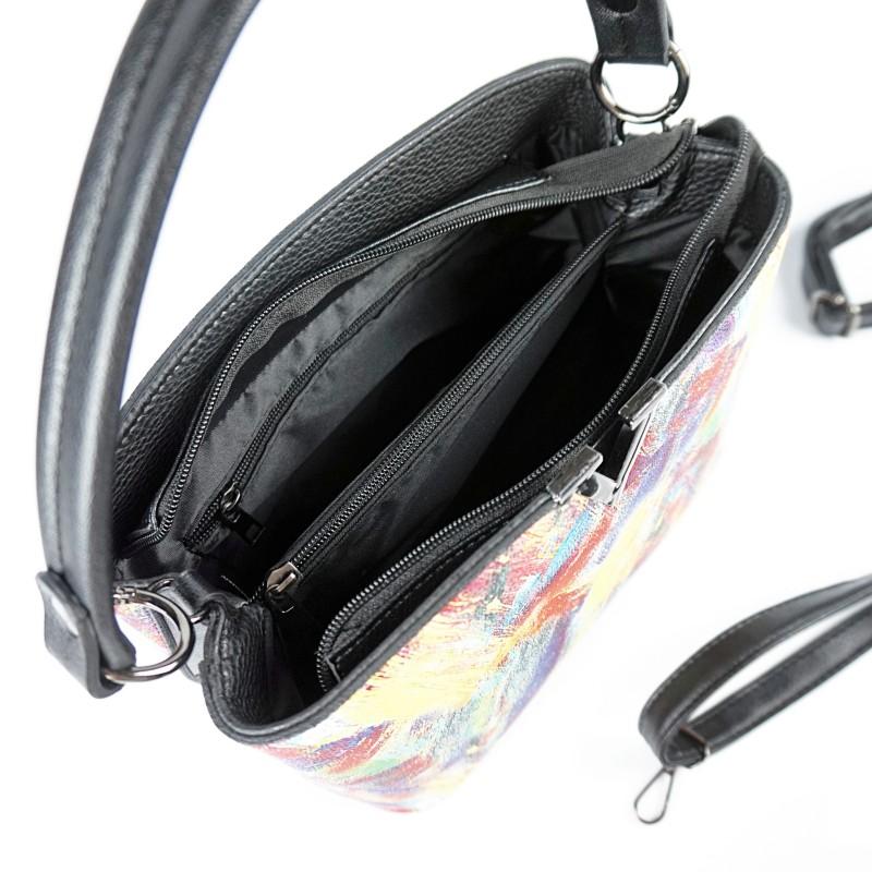 Ежедневна дамска чанта в цветен десен
