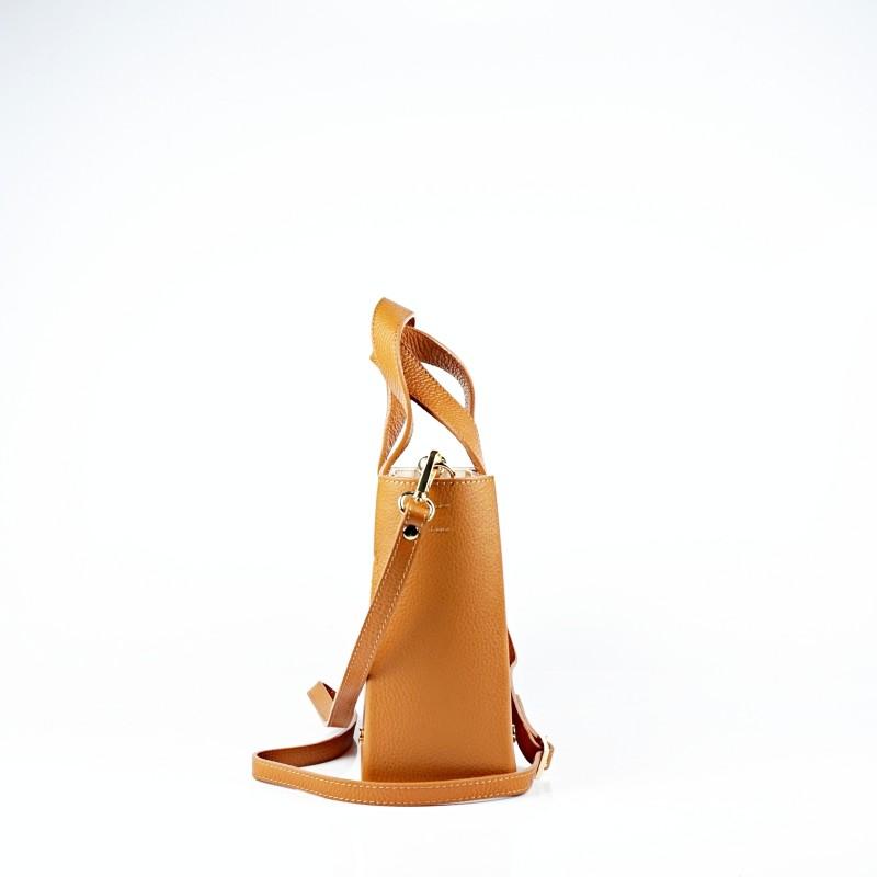 Дамска чанта от естествена кожа и велур в цвят коняк