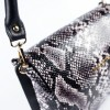 Дамска чанта от естествена кожа в змийски принт