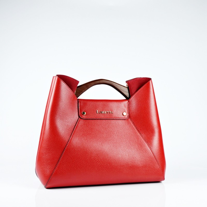 Стилна чанта от естествена кожа